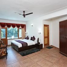 Hotel Rudra Palace in Manali