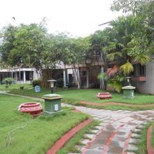 Hotel Sadhabishegam in Vaithisvarankoil