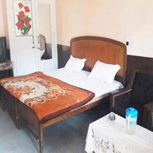 Hotel Sahara Inn in Dalhousie