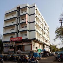 Hotel Sahara Palace in Bhuj
