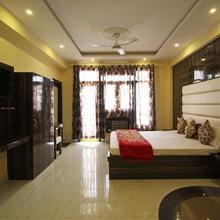 Hotel Sahil in Dami