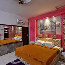 Hotel Sahil Palace in Rupnagar