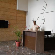 Hotel Sai Dwarka Palace in Shirdi