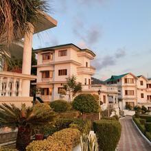 Hotel Sai Gardens Palampur in Baijnath