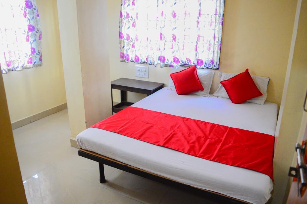 Hotel Sai Gaurav Palace in Shirdi