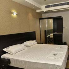 Hotel Sai Karthik in Atirampattinam