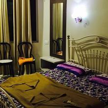 Hotel Sai Leela in Odha