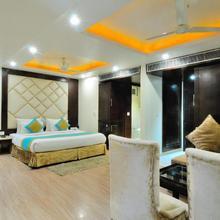 Hotel Sai Miracle in Dera Mandi