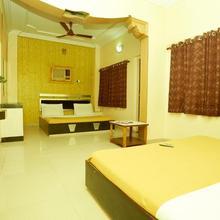Hotel Saideep Villas in Shirdi
