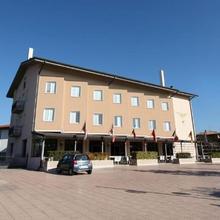 Hotel San Benedetto in Desenzano Del Garda
