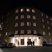 Hotel San Giovanni Roma in Rome