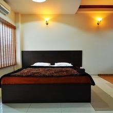 Hotel Sandhya Palace in Bhuntar