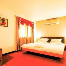 Hotel Sangam in Karad