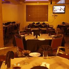Hotel Sanket Inn in Pune