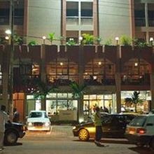 Hotel Santa Lucia in Yaounde