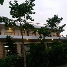 Hotel Sapatrang Residency in Panhala