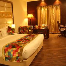Hotel Sapphire in Bhucho Mandi