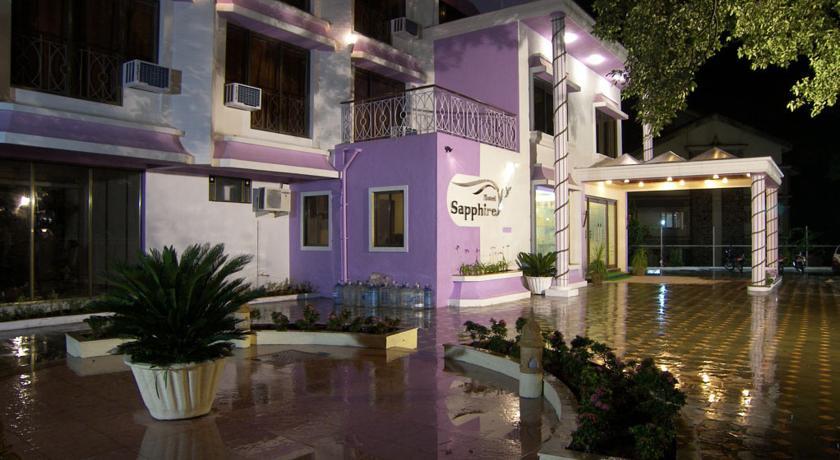 Hotel Sapphire in Khopoli