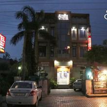 Hotel Sartaj in Dera Bassi