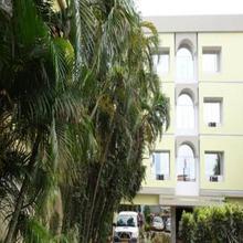 Hotel Satkar in Labha