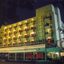 Hotel Satya Ashoka in Madan Mahal