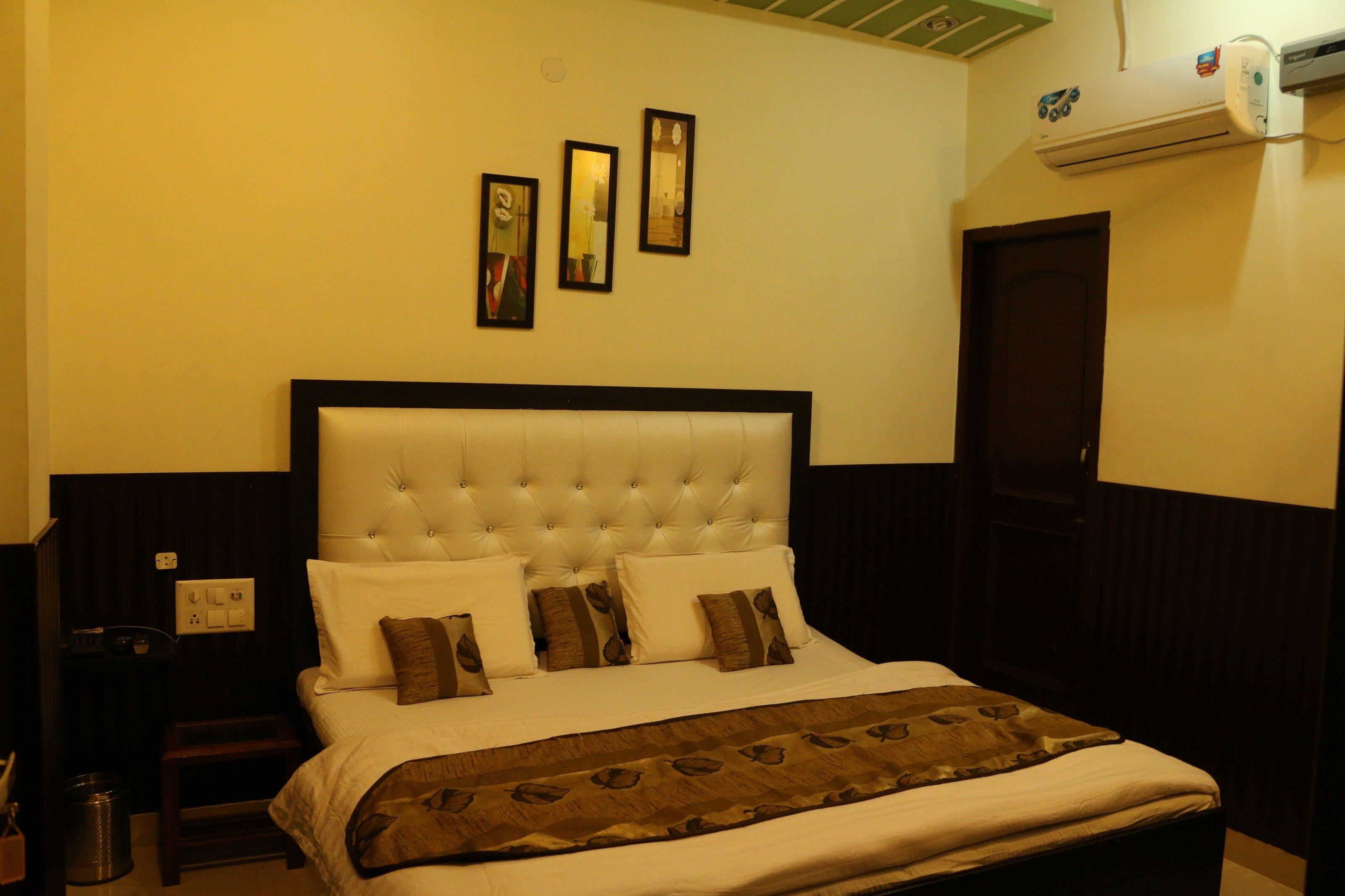 Hotel Satyam in Bhatinda