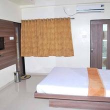 Hotel Savan in Solapur