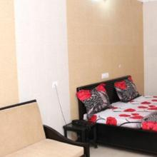 Hotel Savera in Chohal