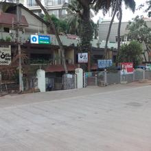 Hotel Sea View in Myladi