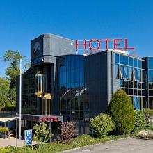 Hotel SeePark in Donatyre