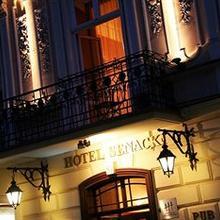 Hotel Senacki in Wegrzce