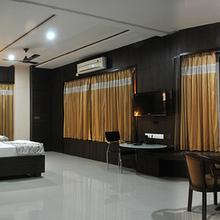 Hotel Shalimar Inn in Odha