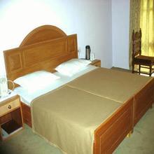 Hotel Shaneel Residency in Srinagar