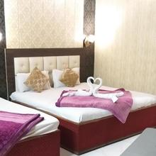 Hotel Shehnaz Inn in Amritsar