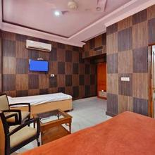 Hotel Shiraz Regency in Hoshiarpur