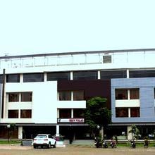 Hotel Shiv Vilas in Dahod