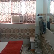 Hotel Shivam Palace in Barmer