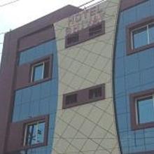 Hotel Shivay Palace in Basti