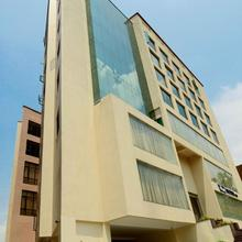 Hotel Shoolin Grand in Guwahati