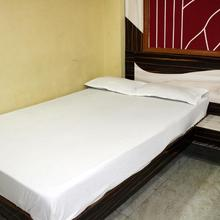 Hotel Shree Balaji in Sanawad