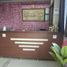 Hotel Shree Palace in Kanil