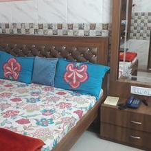Hotel Shree Shiv Dayal in Kanpur
