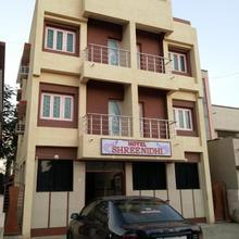 Hotel Shreenidhi in Dwarka