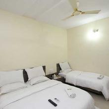 Hotel Shri Sai Murli in Shirdi