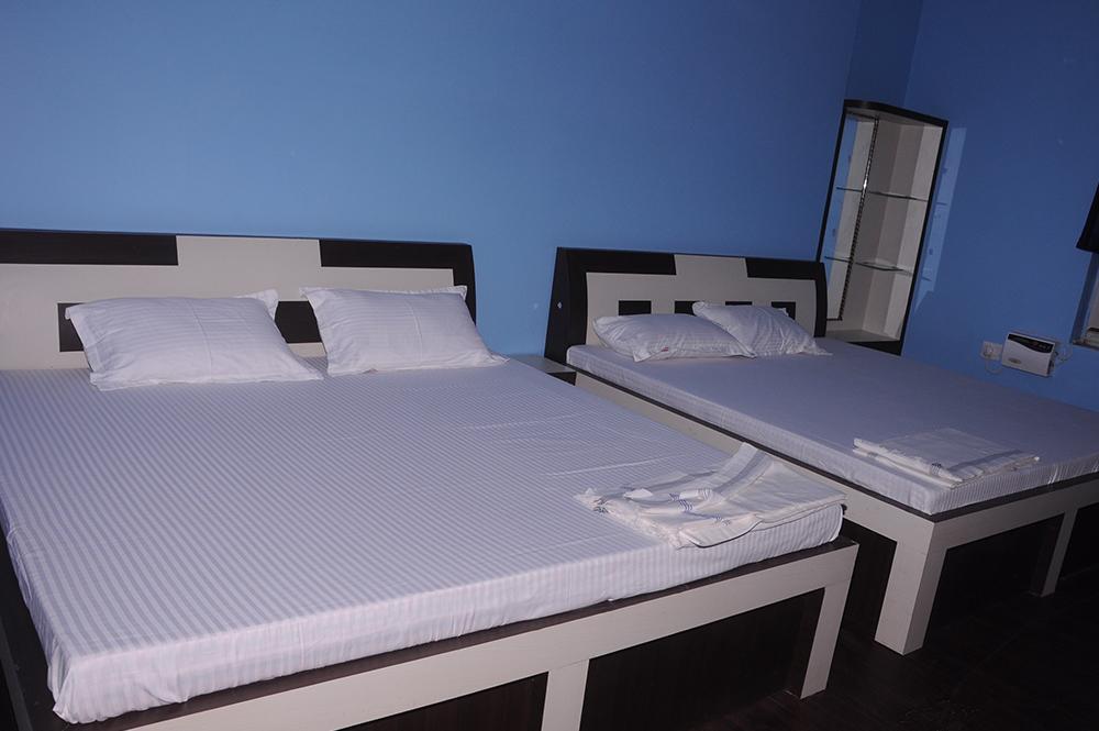 Hotel Shyam Darbar in Badhal