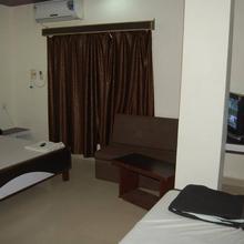 Hotel Shyam Ji in Bargawan