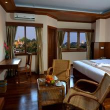 Hotel Sidney in Rangoon