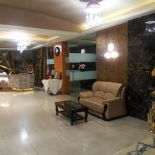 Hotel Silver Dollar in Jamshila