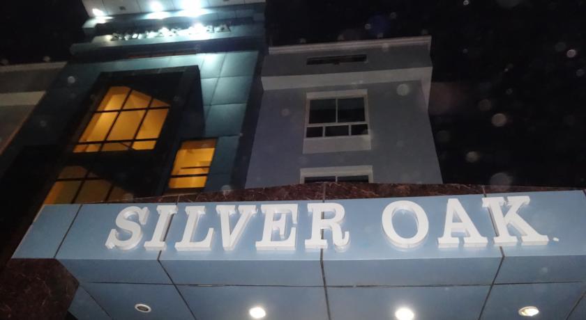 Hotel Silver Oak in Sandalpur