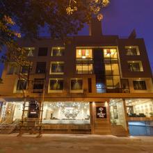 Hotel Silver Oak Kolhapur in Kolhapur